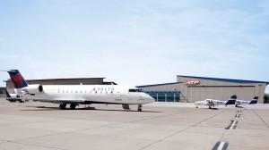crj-hangar-two-pa44