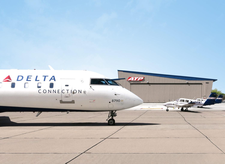 Pilotjobs Endeavor Air To Delta Hiring Program Is A Glimpse Into